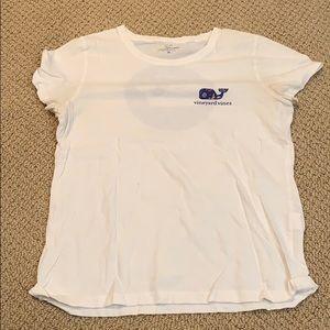 Vineyard vine T-shirt!